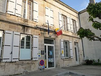 Baignes-Sainte-Radegonde - The Post Office