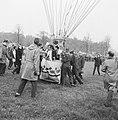 Ballonopstijging tgv 33 lustrum studentenvereniging Leonardo da Vinci te De, Bestanddeelnr 911-6940.jpg