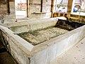Bassin de la fontaine-lavoir couverte. Vy- lès-Lure.jpg