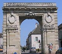 Beaune - Porte Saint-Nicolas 01.jpg