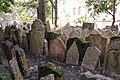 Beit Kevaroth Jewish cemetery Prague Josefov IMG 2802.JPG