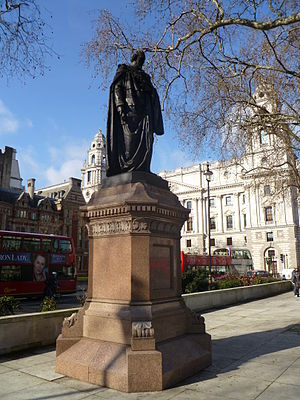Statue of Benjamin Disraeli, Parliament Square - The statue in 2012