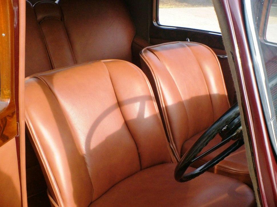 Bentley MK V interior