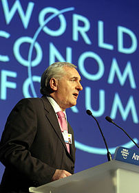 DAVOS/SWITZERLAND, 24JAN04 - Bertie Ahern, Tao...