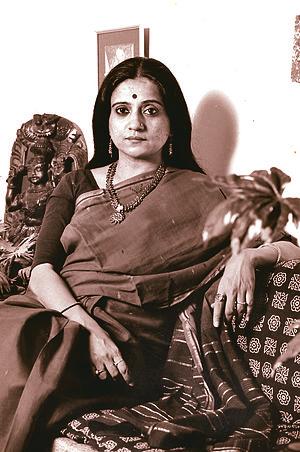 Bhawana Somaaya - Bhawana Somaaya in 2000