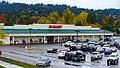 Bi-Mart in southwest Eugene, Oregon (31595441750).jpg