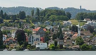Rüschlikon - Image: Blick vom Zürichsee auf Rüschlikon (2009)