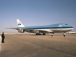 KLM Flight 861 - PH-BUA, the incident aircraft, at Faro Airport in 1988.