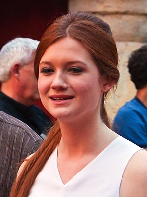 Bonnie Wright crop3.jpg