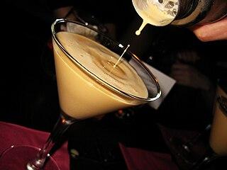Brandy Alexander Brandy-based cocktail of cognac and crème de cacao