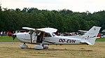 Brasschaat Cessna Skyhawk OO-EVH 02.jpg