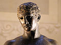 Bronzi romani, idolino di pesaro, 30 ac. ca. 05.JPG
