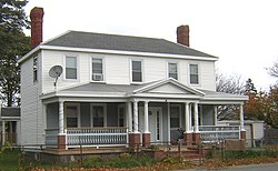 Brown-Hodgkinson House Quincy MA 01.jpg