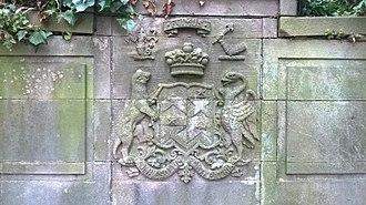Clackmannan - Bruce Family Crest on their Tomb at Clackmannan Parish Graveyard