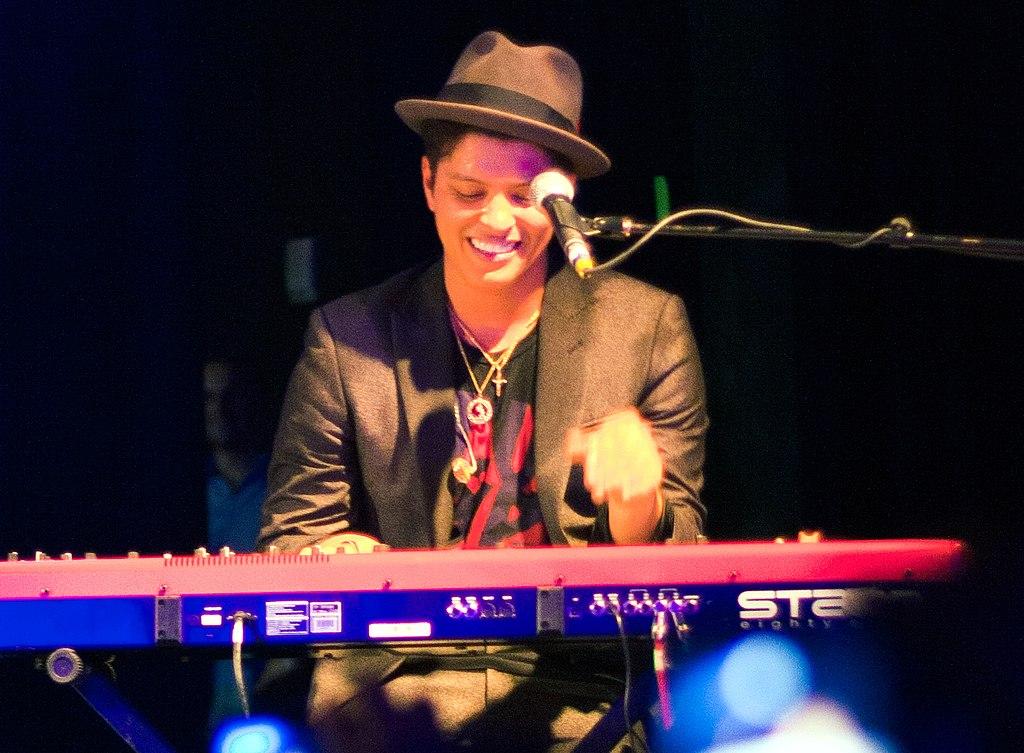 Bruno Mars keyboard