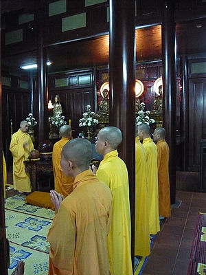 Vietnamese Thiền - Thiền monks performing a service in Huế.