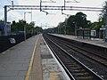 Bushey station mainline platforms look south3.JPG