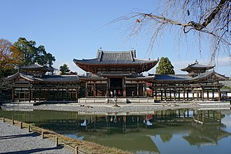Buddhist art in Japan - Image: Byodo in Uji 01pbs 2640