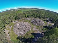 Cairns at Vitlycke, Tanum World heritage.jpg