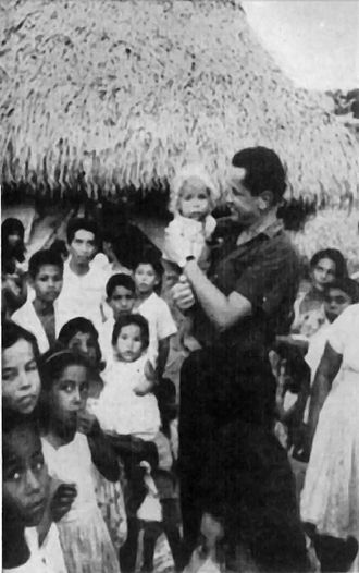 National Liberation Army (Colombia) - ELN guerrilla: Father Camilo Torres among the peasants of Colombia.