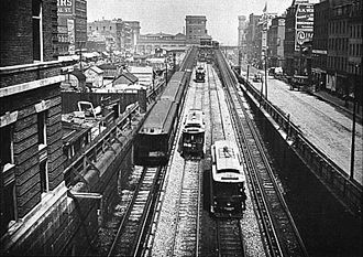 Canal Street Incline - Looking north up the incline in 1901, with rapid transit to the Charlestown Elevated on the outer tracks.