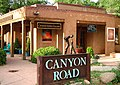 Canyon Road, Santa Fe, NM, USA - panoramio.jpg