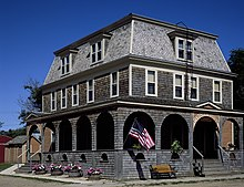 Carroll House, a hotel in Fullerton (Dickey County, North Dakota).jpg