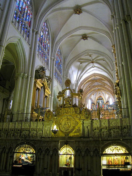 File:Cathedral of Toledo, Spain - interior 1.JPG