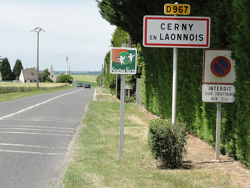 Cerny-en-Laonnois (Aisne) city limit sign