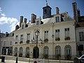 Châteaudun - hôtel de ville (03).jpg