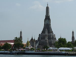 The buddhist temple Wat Arun in Bangkok.