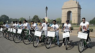 Ethical living - Image: Clean Air India Movement cycle drive promoting eco friendly measures