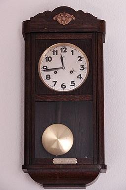 Clock-JungHans-6932