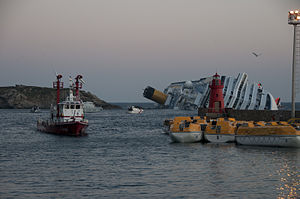 Collision of Costa Concordia 29.jpg