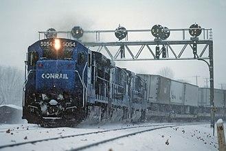 GE B36-7 - Conrail B36-7 5054 leads a Freight train at Duncannon, PA