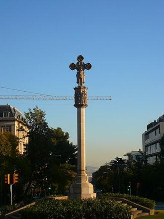 Pedralbes - Creu de Pedralbes in Pedralbes avenue