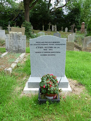 Cyril F. Scurr - Cyril Scurr's grave at St Andrew's church, Totteridge