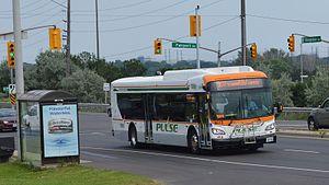 Durham Region Transit - Image: DRT Pulse 8615