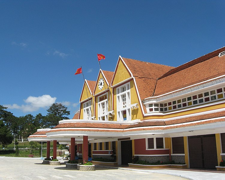 Tập tin:Da Lat train station 21.jpg