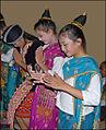 Danseuses Lao (Luang Prabang) (4333915557).jpg