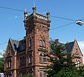 Das neugotische Schlössel wurde zuerst 1880 - 1882 in Herxheim gebaut, dann abgetragen und 1882 - 1883 in Landau wieder aufgebaut. - panoramio.jpg
