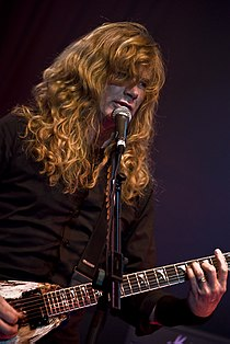 Dave Mustaine at Priest Fest.jpg