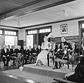 De koningin houdt een toespraak in de vergadering van de Staten van Suriname, Bestanddeelnr 252-4260.jpg