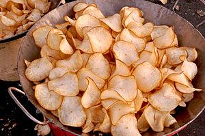 Vegetable chips - Image: Deep Fried Cassava Chips