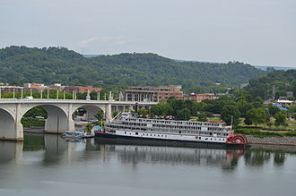 Delta Queen - Delta Queen docked in Chattanooga