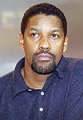Photo of Denzel Washington at the Berlin International Film Festival in 2000.