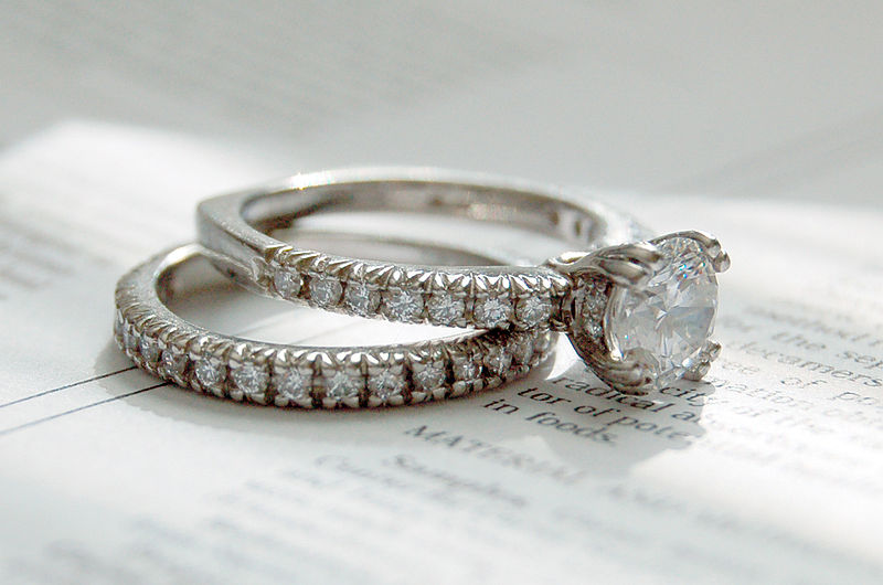 File:Diamond rings photo by Jennifer Dickert (2).jpg