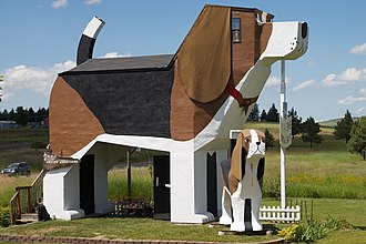 Cottonwood, Idaho - The Dog Bark Park Inn, a dog-shaped hotel room in Cottonwood