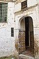 Doorway (4783036651).jpg