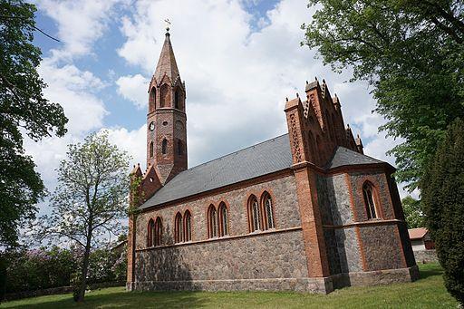 Dorfkirche Brodowin aussen 03